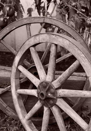 Event prop hire vintage wagon wheels